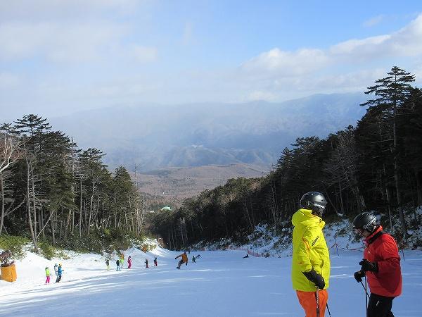 12.コース以外に雪は無し.jpg
