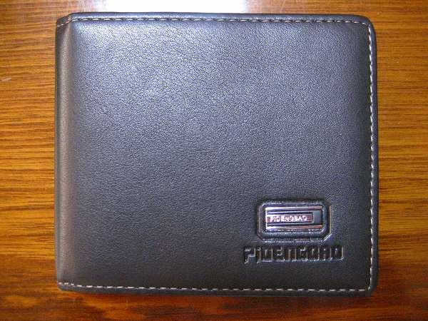 12.フリマで買った財布(1).jpg