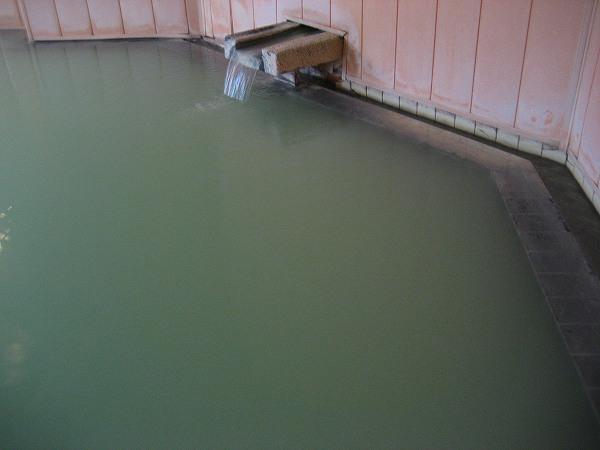 19.白緑色の湯.jpg