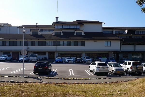 2.結構大きなホテル.jpg