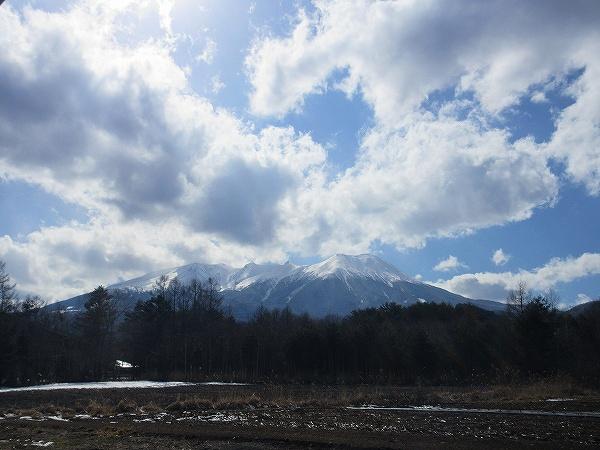 27.県道20号線より御岳を望む.jpg
