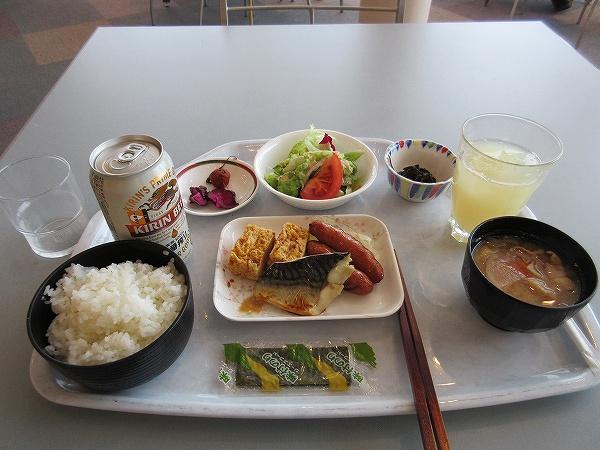 3.朝食 600円は激安.jpg