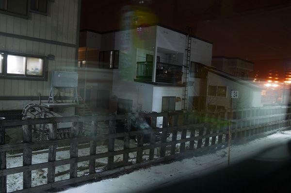 33.窓の外は積雪(1).jpg