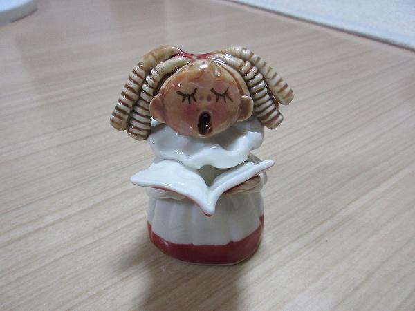 33.聖フィンバー大聖堂でのお買い物.jpg