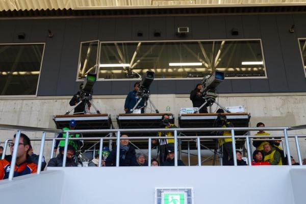 34.NHKのカメラが並んでました.jpg
