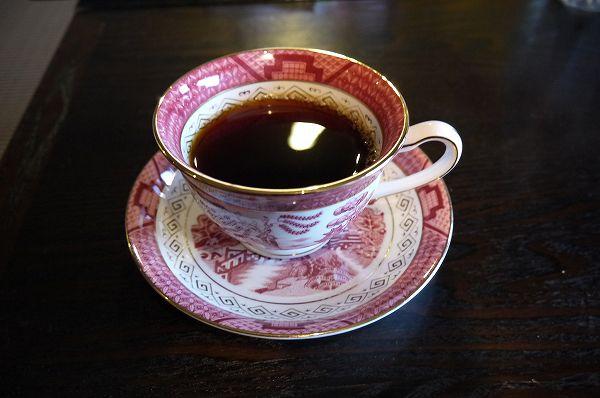 40.コーヒーは朝に.jpg