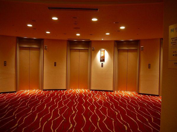 6.エレベータホール.jpg