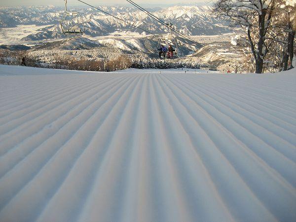 8.大好きな圧雪跡.jpg